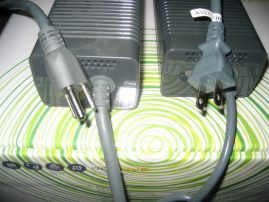 Xbox 360 Power Bricks - 2006 vs Jasper Power Plugs
